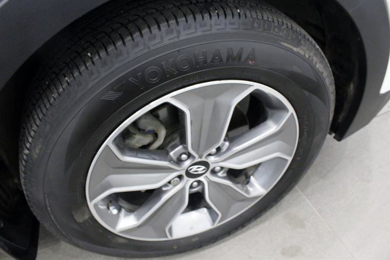 2014 Hyundai Santa Fe XL 3.3L AWD Premium in Regina, Saskatchewan - 16 - w1024h768px