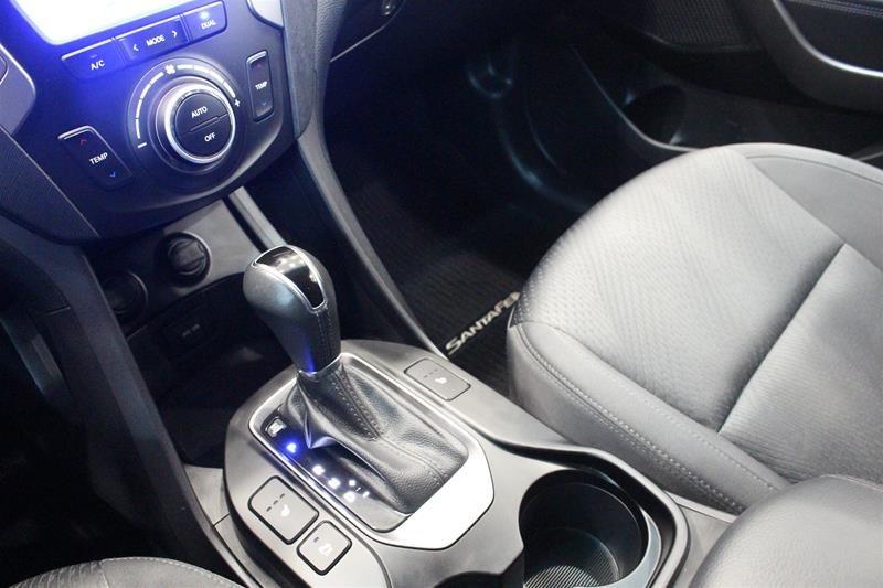 2014 Hyundai Santa Fe XL 3.3L AWD Premium in Regina, Saskatchewan - 4 - w1024h768px