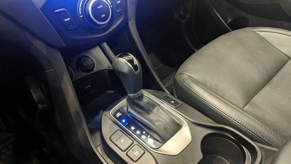 2016 Hyundai Santa Fe XL AWD Luxury 6 Passenger Adventure Edition in Regina, Saskatchewan - 4 - w1024h768px