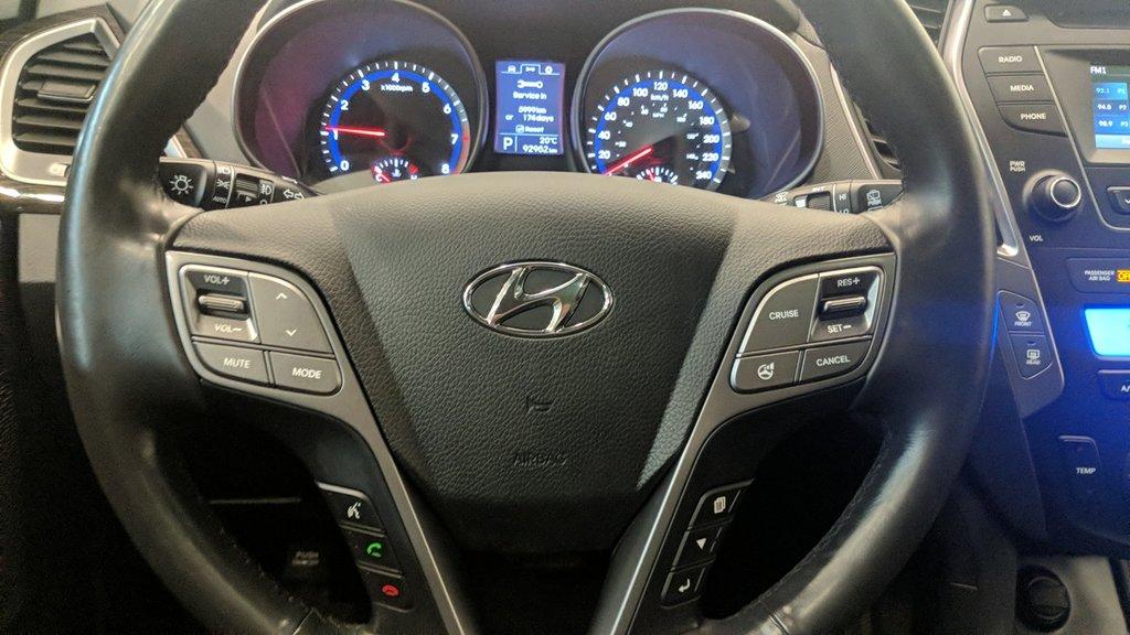 2016 Hyundai Santa Fe XL AWD Luxury 6 Passenger Adventure Edition in Regina, Saskatchewan - 5 - w1024h768px