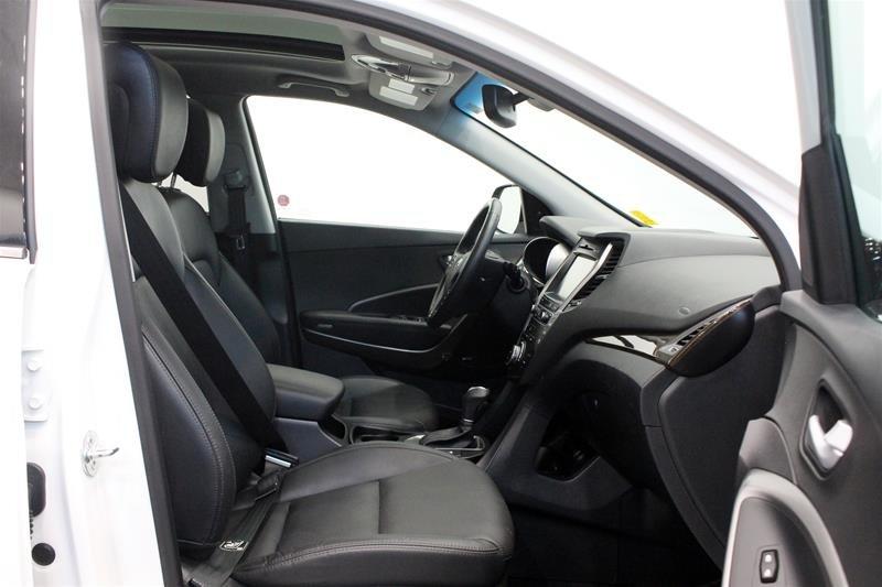 2017 Hyundai Santa Fe XL AWD Limited in Regina, Saskatchewan - 15 - w1024h768px