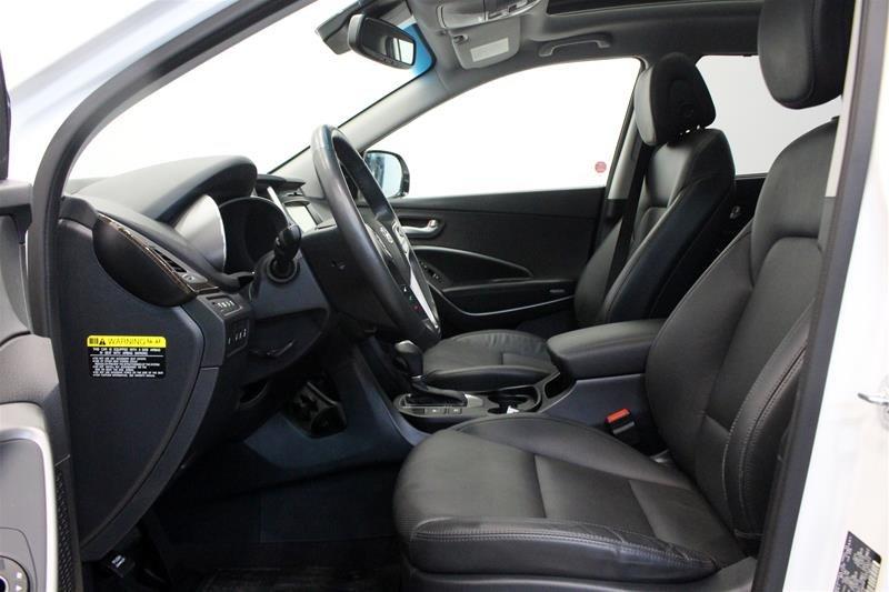 2017 Hyundai Santa Fe XL AWD Limited in Regina, Saskatchewan - 10 - w1024h768px
