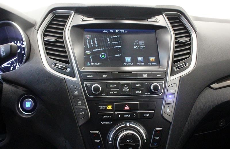 2017 Hyundai Santa Fe XL AWD Limited in Regina, Saskatchewan - 7 - w1024h768px