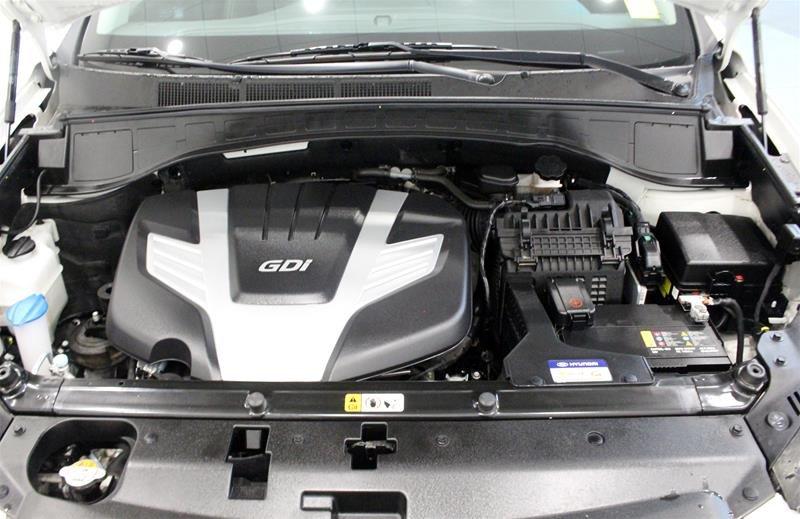 2017 Hyundai Santa Fe XL AWD Limited in Regina, Saskatchewan - 19 - w1024h768px