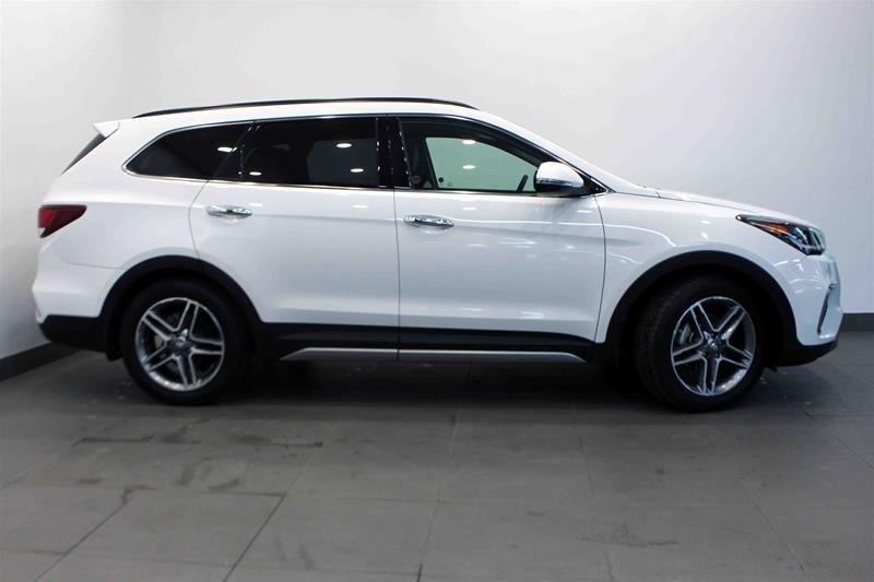 2017 Hyundai Santa Fe XL AWD Limited in Regina, Saskatchewan - 1 - w1024h768px