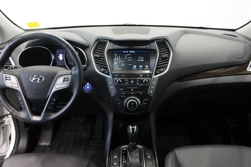 2017 Hyundai Santa Fe XL AWD Limited in Regina, Saskatchewan - 14 - w1024h768px