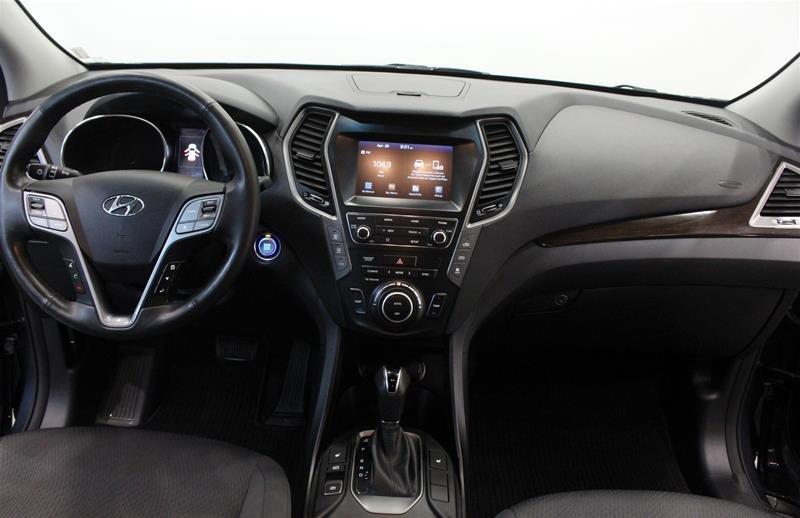 2019 Hyundai Santa Fe XL AWD Essential in Regina, Saskatchewan - 14 - w1024h768px
