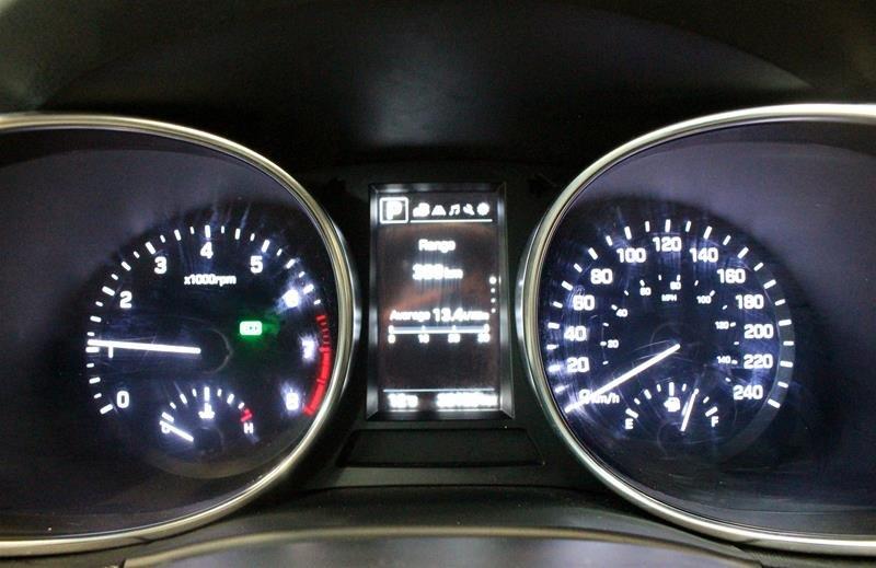 2019 Hyundai Santa Fe XL AWD Essential in Regina, Saskatchewan - 2 - w1024h768px