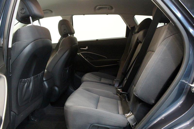 2019 Hyundai Santa Fe XL AWD Essential in Regina, Saskatchewan - 12 - w1024h768px