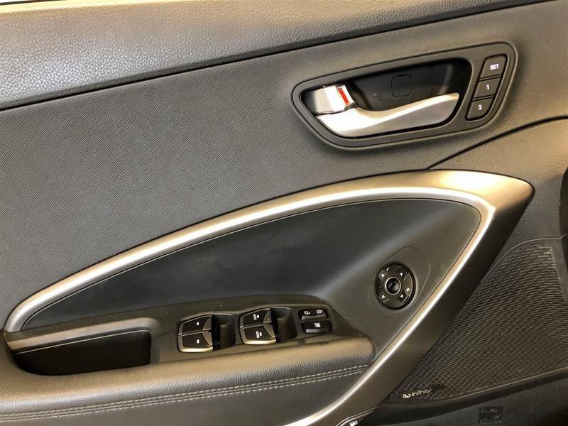 2019 Hyundai Santa Fe XL AWD Ultimate 6 Passenger in Regina, Saskatchewan - 6 - w1024h768px
