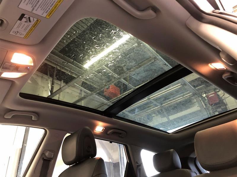 2019 Hyundai Santa Fe XL AWD Ultimate 6 Passenger in Regina, Saskatchewan - 12 - w1024h768px