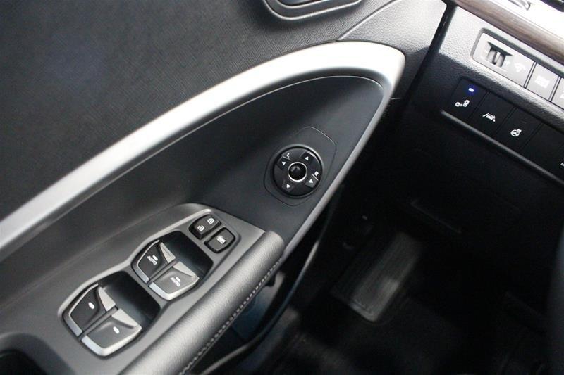 2019 Hyundai Santa Fe XL AWD Preferred in Regina, Saskatchewan - 3 - w1024h768px