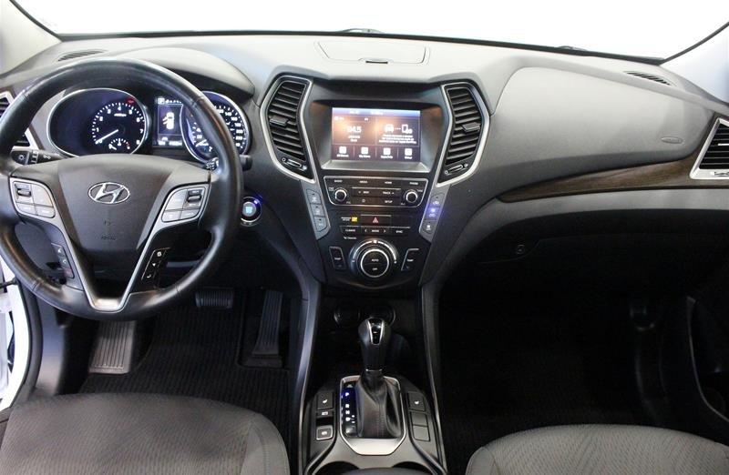 2019 Hyundai Santa Fe XL AWD Preferred in Regina, Saskatchewan - 13 - w1024h768px