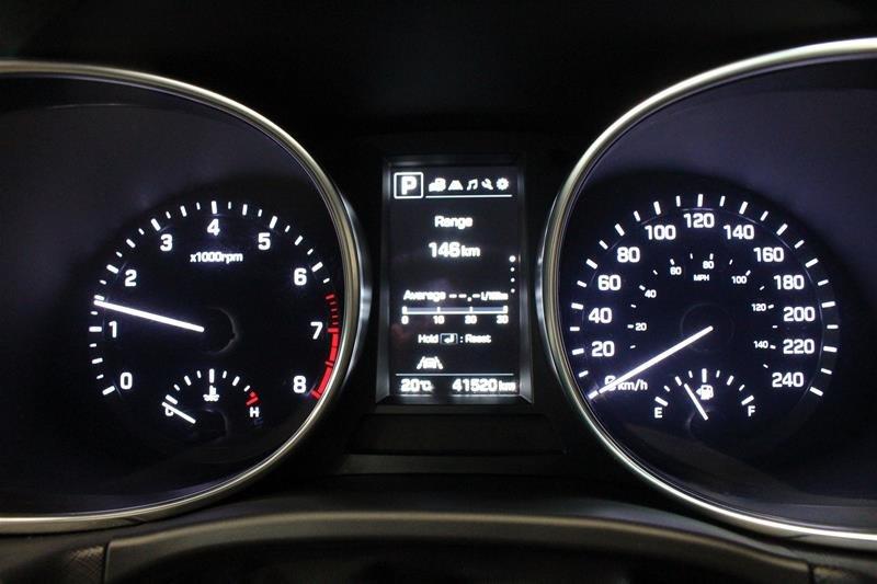 2019 Hyundai Santa Fe XL AWD Preferred in Regina, Saskatchewan - 2 - w1024h768px