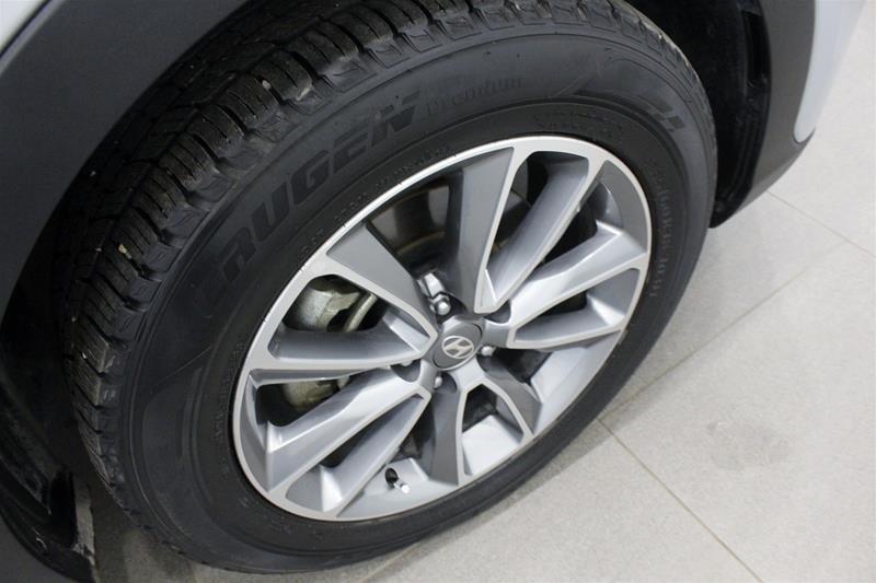 2019 Hyundai Santa Fe XL AWD Preferred in Regina, Saskatchewan - 19 - w1024h768px