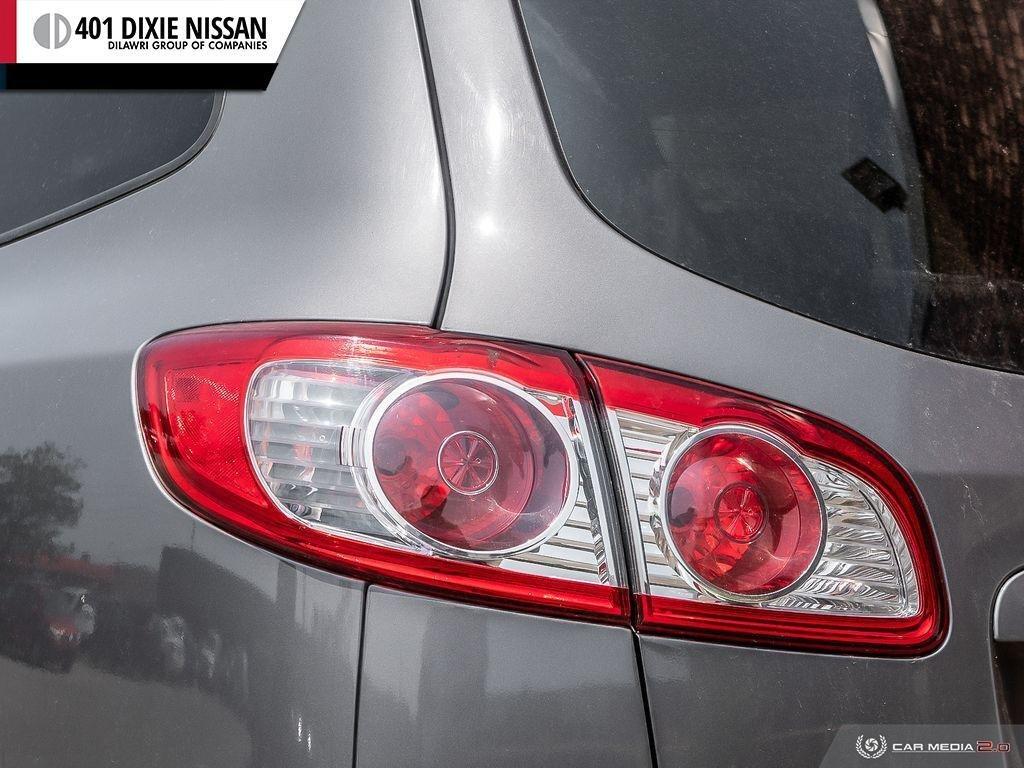 2010 Hyundai Santa Fe GL 3.5L V6 AWD at in Mississauga, Ontario - 10 - w1024h768px