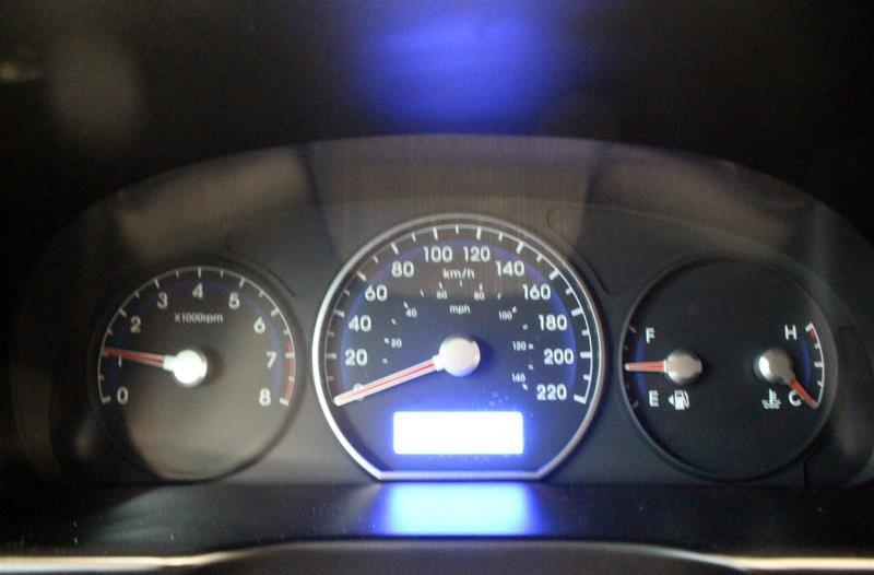 2010 Hyundai Santa Fe GL Sport 3.5L V6 AWD at in Regina, Saskatchewan - 3 - w1024h768px