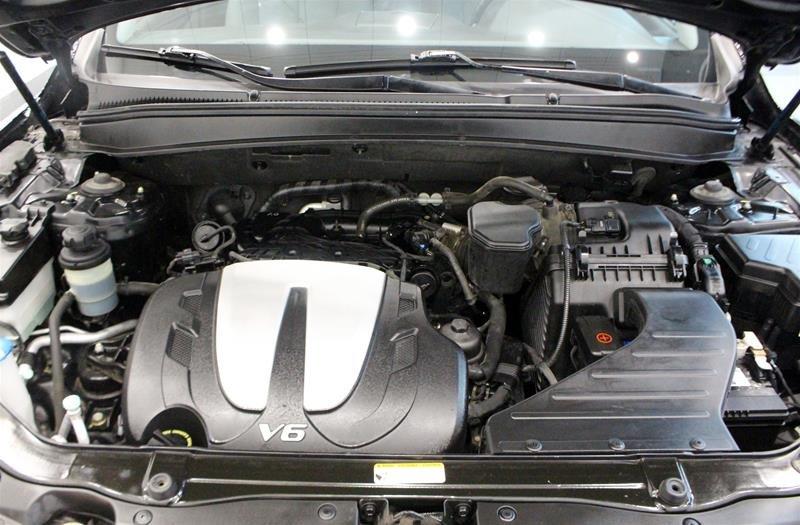 2010 Hyundai Santa Fe GL Sport 3.5L V6 AWD at in Regina, Saskatchewan - 18 - w1024h768px