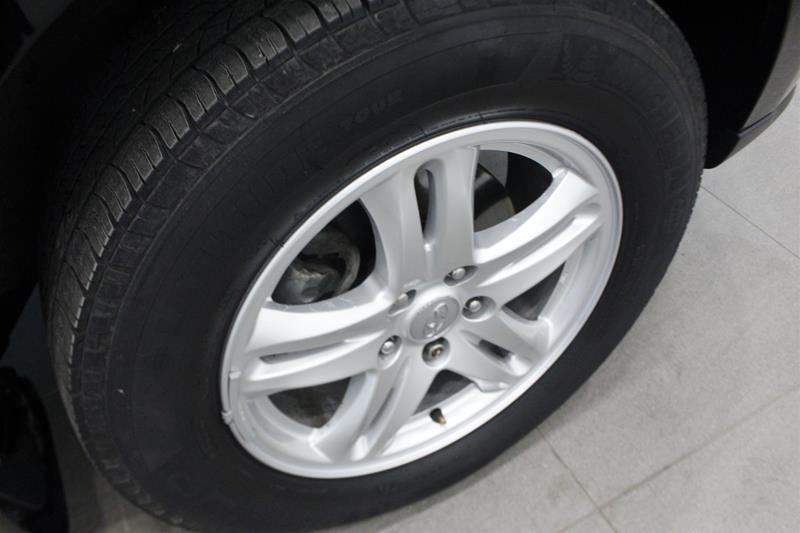 2010 Hyundai Santa Fe GL Sport 3.5L V6 AWD at in Regina, Saskatchewan - 17 - w1024h768px