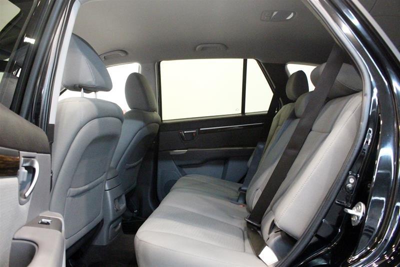 2010 Hyundai Santa Fe GL Sport 3.5L V6 AWD at in Regina, Saskatchewan - 13 - w1024h768px