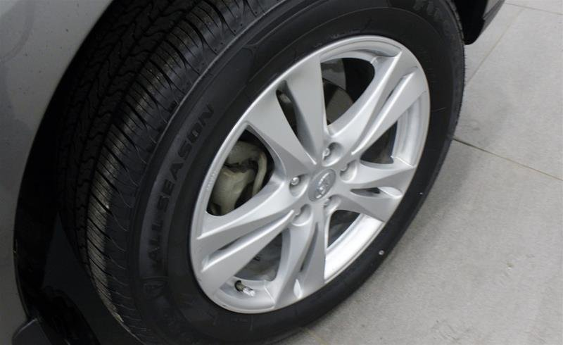 2012 Hyundai Santa Fe GL 3.5L V6 AWD at in Regina, Saskatchewan - 17 - w1024h768px