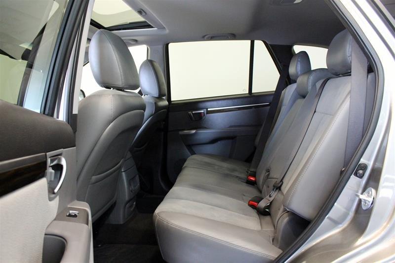 2012 Hyundai Santa Fe GL 3.5L V6 AWD at in Regina, Saskatchewan - 11 - w1024h768px