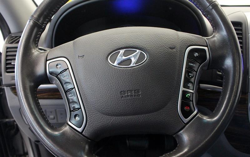 2012 Hyundai Santa Fe GL 3.5L V6 AWD at in Regina, Saskatchewan - 6 - w1024h768px