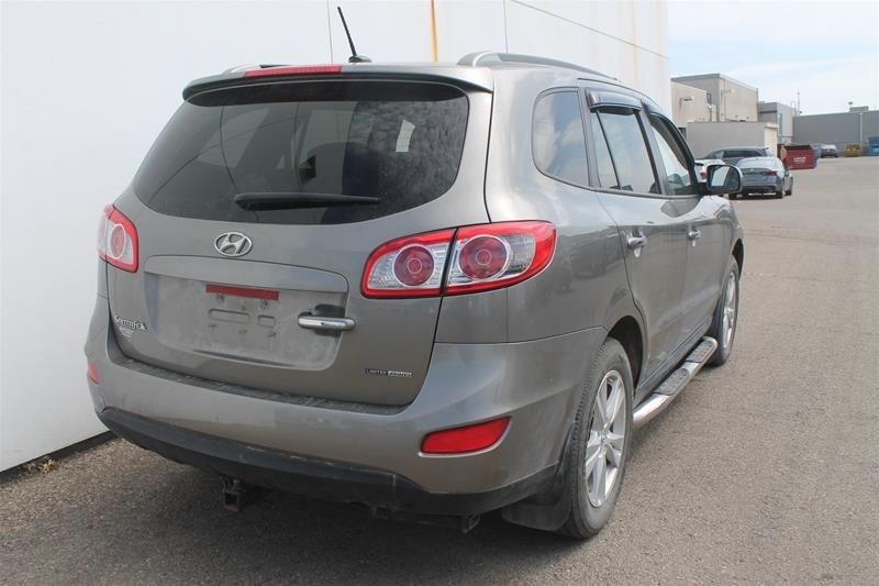 2012 Hyundai Santa Fe Ltd 3.5L V6 at in Regina, Saskatchewan - 2 - w1024h768px