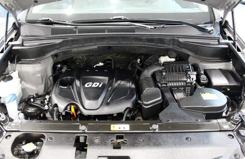 2013 Hyundai Santa Fe 2.4L AWD Premium in Regina, Saskatchewan - 18 - w1024h768px