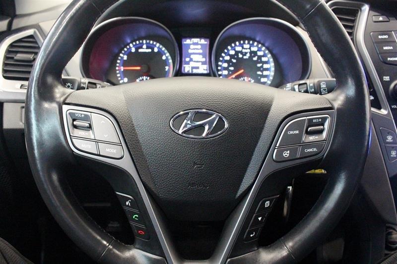 2013 Hyundai Santa Fe 2.4L AWD Premium in Regina, Saskatchewan - 6 - w1024h768px