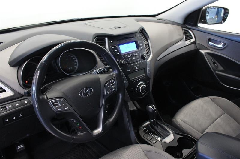 2013 Hyundai Santa Fe 2.4L AWD Premium in Regina, Saskatchewan - 9 - w1024h768px