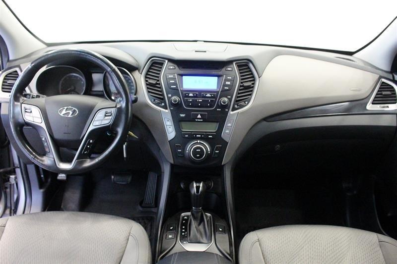 2013 Hyundai Santa Fe 2.4L AWD Premium in Regina, Saskatchewan - 14 - w1024h768px