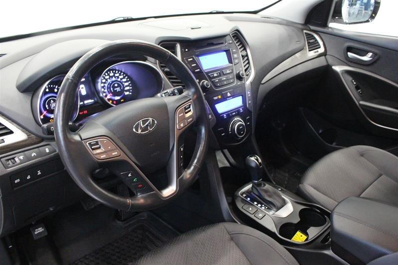 2013 Hyundai Santa Fe 2.0T AWD Premium in Regina, Saskatchewan - 9 - w1024h768px