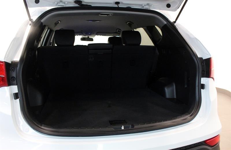 2013 Hyundai Santa Fe 2.0T AWD Premium in Regina, Saskatchewan - 16 - w1024h768px