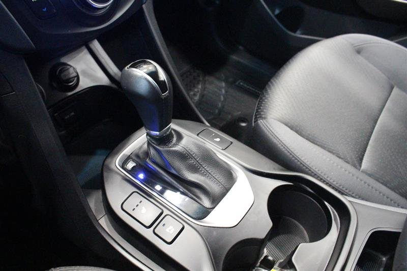 2013 Hyundai Santa Fe 2.0T AWD Premium in Regina, Saskatchewan - 4 - w1024h768px