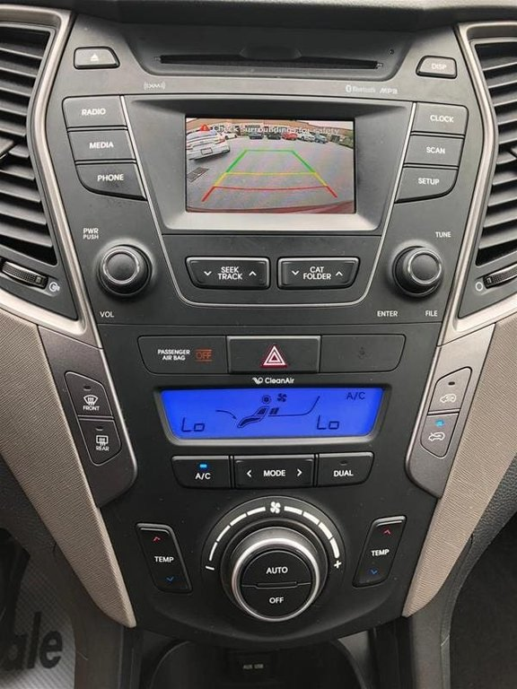 2013 Hyundai Santa Fe 2.4L AWD Luxury in Mississauga, Ontario - 32 - w1024h768px