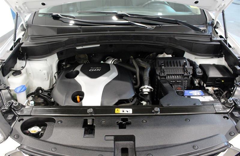 2013 Hyundai Santa Fe 2.0T AWD Limited in Regina, Saskatchewan - 19 - w1024h768px