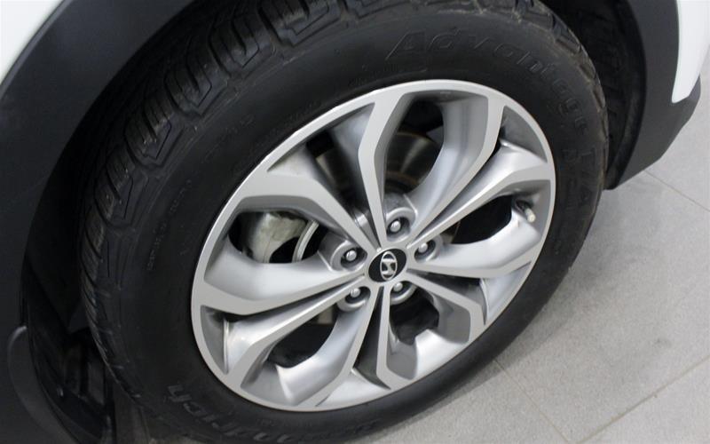 2013 Hyundai Santa Fe 2.0T AWD Limited in Regina, Saskatchewan - 18 - w1024h768px