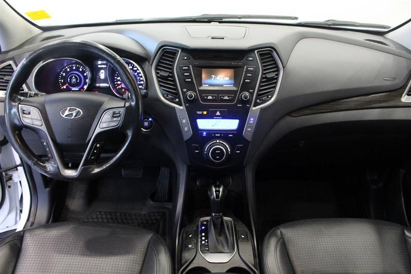 2013 Hyundai Santa Fe 2.0T AWD Limited in Regina, Saskatchewan - 14 - w1024h768px