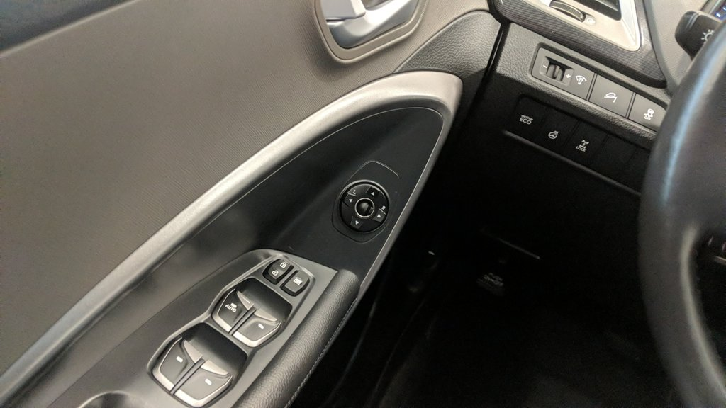 2013 Hyundai Santa Fe 2.4L AWD Premium in Regina, Saskatchewan - 3 - w1024h768px