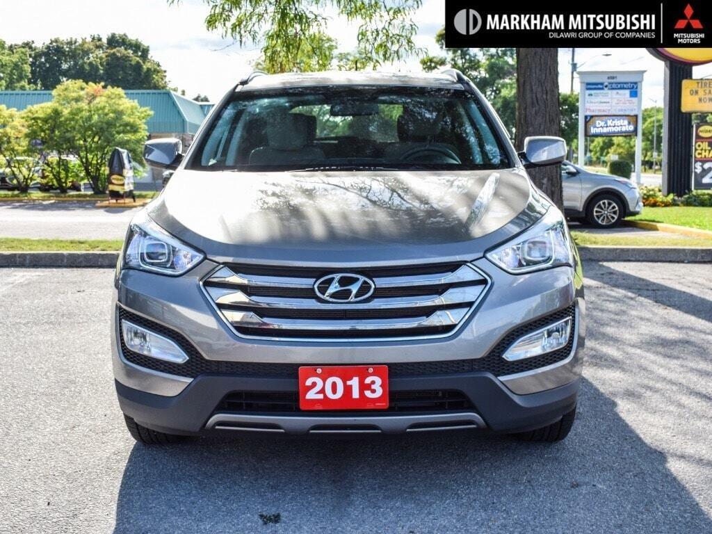 2013 Hyundai Santa Fe 2.4L FWD in Markham, Ontario - 2 - w1024h768px