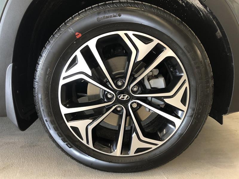 2019 Hyundai Santa Fe Ultimate AWD 2.0T in Regina, Saskatchewan - 16 - w1024h768px