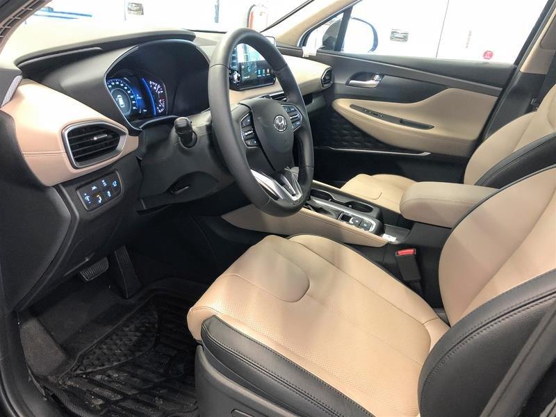 2019 Hyundai Santa Fe Ultimate AWD 2.0T in Regina, Saskatchewan - 5 - w1024h768px