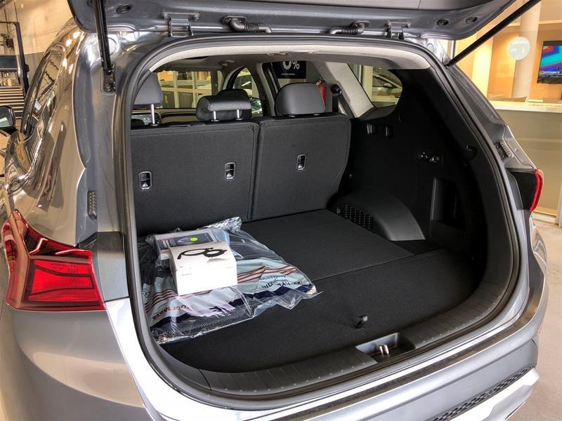 2019 Hyundai Santa Fe Preferred AWD 2.0T Panoramic Sunroof in Regina, Saskatchewan - 15 - w1024h768px