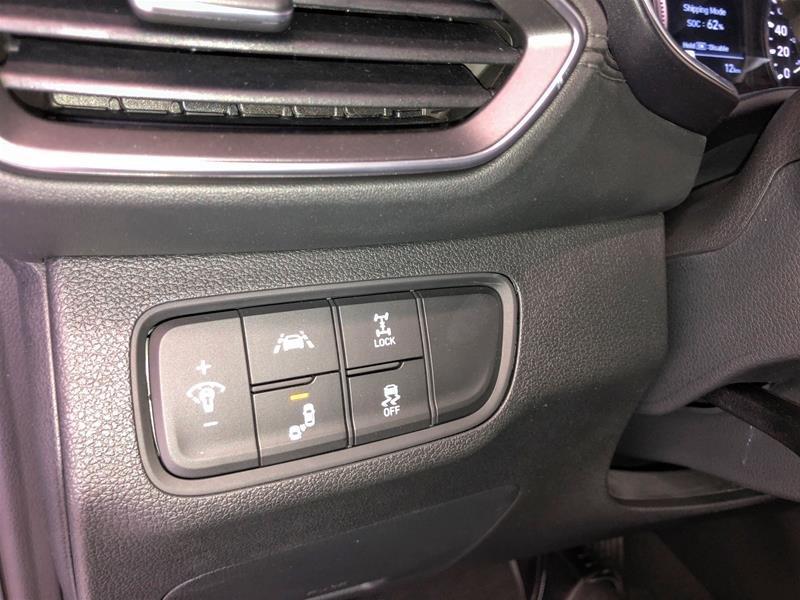 2019 Hyundai Santa Fe Preferred AWD 2.0T Panoramic Sunroof in Regina, Saskatchewan - 6 - w1024h768px