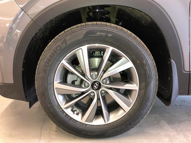 2019 Hyundai Santa Fe Preferred AWD 2.0T Panoramic Sunroof in Regina, Saskatchewan - 16 - w1024h768px