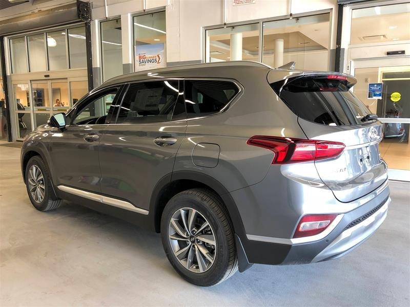 2019 Hyundai Santa Fe Preferred AWD 2.0T Panoramic Sunroof in Regina, Saskatchewan - 4 - w1024h768px