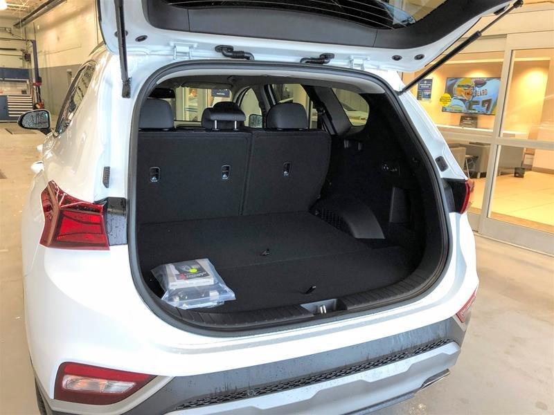 2019 Hyundai Santa Fe Preferred AWD 2.4L in Regina, Saskatchewan - 14 - w1024h768px