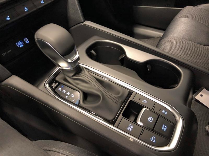 2019 Hyundai Santa Fe Preferred AWD 2.4L in Regina, Saskatchewan - 11 - w1024h768px