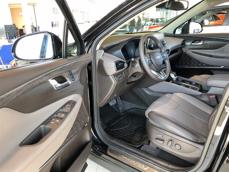 2019 Hyundai Santa Fe Ultimate AWD 2.0T Dark Chrome in Regina, Saskatchewan - 5 - w1024h768px